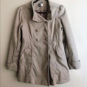 H&M | Short Trenchcoat